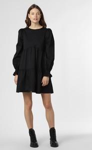 Czarna sukienka NA-KD z szyfonu