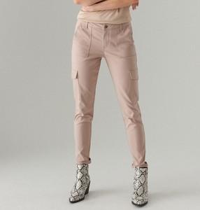 Spodnie Mohito w militarnym stylu