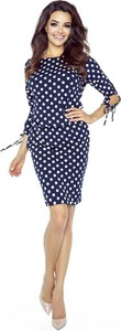 Niebieska sukienka Pawelczyk24.pl w stylu casual z okrągłym dekoltem