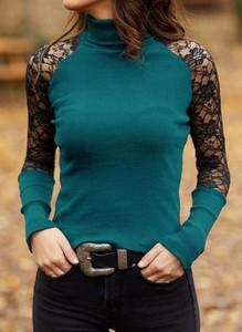 Zielona bluzka Cikelly w stylu casual z golfem