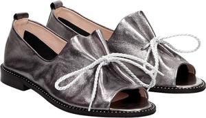 Srebrne sandały Suzana ze skóry