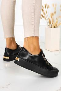 Czarne buty sportowe Casu sznurowane z płaską podeszwą ze skóry