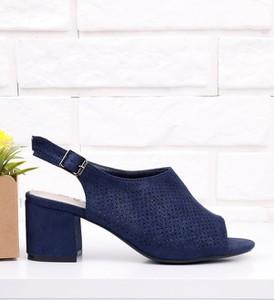 Granatowe sandały Yourshoes ze skóry ekologicznej na obcasie z klamrami
