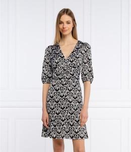 Sukienka Hugo Boss w stylu casual z dekoltem w kształcie litery v z długim rękawem