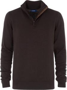 Brązowy sweter Ochnik ze stójką