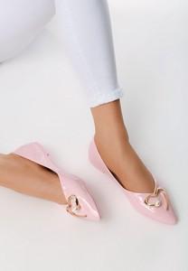 Różowe baleriny born2be w stylu glamour