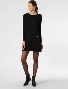 Czarna sukienka Marie Lund trapezowa