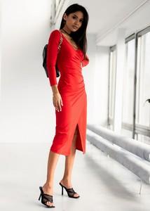 Czerwona sukienka SELFIEROOM midi