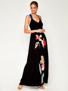 Czarna sukienka Desigual z dekoltem w kształcie litery v maxi na ramiączkach