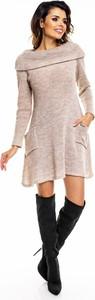 Sukienka Awama z długim rękawem z wełny w stylu casual