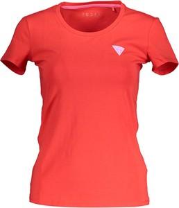 Czerwony t-shirt Guess z krótkim rękawem z okrągłym dekoltem