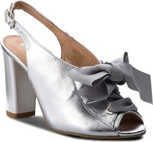 ec836d0632193 Srebrne buty damskie Eksbut, kolekcja wiosna 2019