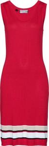 Różowa sukienka bonprix bpc selection bez rękawów z dzianiny z okrągłym dekoltem