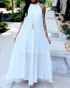 Sukienka Kendallme z dekoltem halter