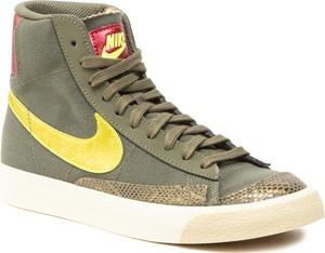 Zielone trampki Nike ze skóry