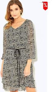 Sukienka Kaskada w stylu casual z dekoltem w kształcie litery v