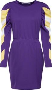 Sukienka Ivyrevel z długim rękawem