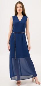 Sukienka Lavard z dekoltem w kształcie litery v