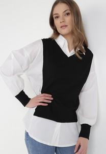 Bluzka born2be w stylu casual z dekoltem w kształcie litery v