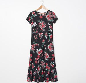 Sukienka House w stylu casual z krótkim rękawem