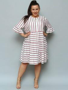Sukienka KARKO w stylu casual z krótkim rękawem