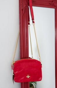 Czerwona torebka Olika w stylu glamour średnia na ramię