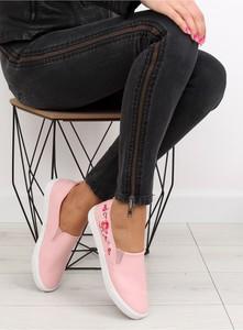 Różowe trampki Inello ze skóry z płaską podeszwą