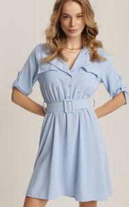Niebieska sukienka Renee z kołnierzykiem w stylu casual z krótkim rękawem