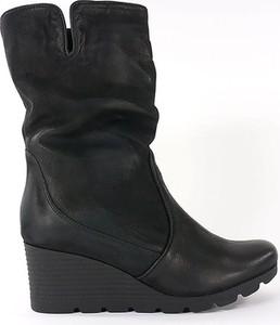 Czarne botki Aga w stylu casual na koturnie