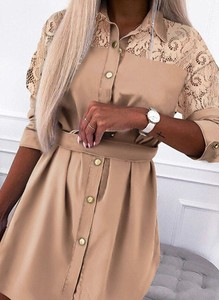 Sukienka Arilook z dekoltem w kształcie litery v w stylu casual mini