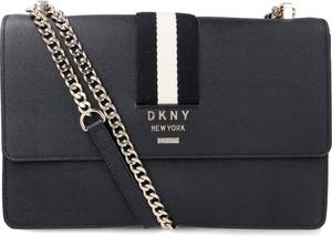 Czarna torebka DKNY ze skóry na ramię
