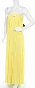 Sukienka New York & Company bez rękawów z okrągłym dekoltem
