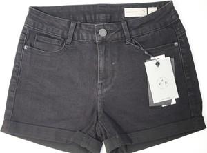 Czarne szorty Vero Moda z jeansu