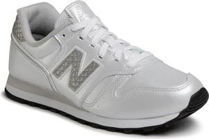 Srebrne buty sportowe New Balance ze skóry ekologicznej