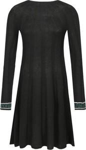 Sukienka Emporio Armani w stylu casual z okrągłym dekoltem z wełny
