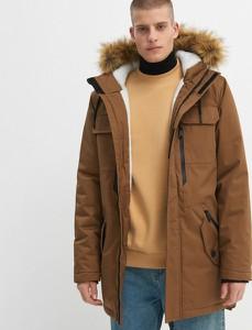 Brązowy płaszcz męski House w młodzieżowym stylu
