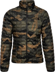Kurtka The North Face w militarnym stylu