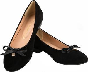Czarne baleriny Lafemmeshoes z płaską podeszwą w stylu casual