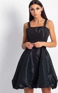 Czarna sukienka Sheandher.pl z dekoltem w kształcie litery v mini z bawełny