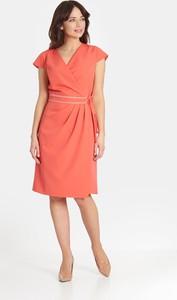 Różowa sukienka Marcelini dopasowana