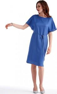 Niebieska sukienka POTIS & VERSO z okrągłym dekoltem oversize z krótkim rękawem