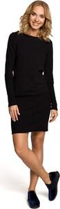 Czarna sukienka Merg z długim rękawem mini z okrągłym dekoltem