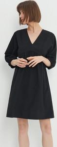 Sukienka House z długim rękawem z dekoltem w kształcie litery v mini