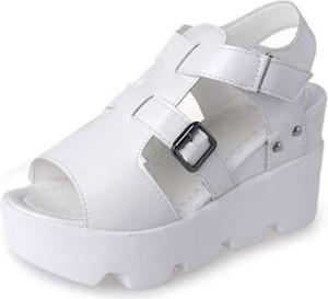540c7c12747e44 białe sandały na platformie - stylowo i modnie z Allani