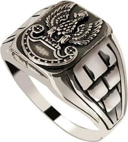 Polcarat Design Pierścionek srebrny sygnet Orzeł PB 400