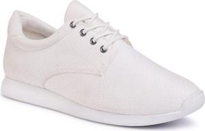 Buty sportowe Vagabond sznurowane z płaską podeszwą