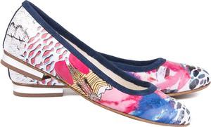 Baleriny Lafemmeshoes z płaską podeszwą w stylu klasycznym