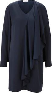 Niebieska sukienka Heine w stylu casual dla puszystych