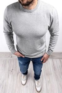 Sweter Risardi z okrągłym dekoltem w stylu casual