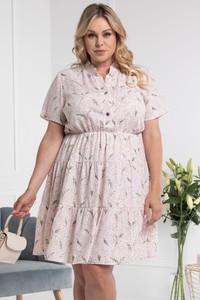 Różowa sukienka KARKO dla puszystych z tkaniny z krótkim rękawem